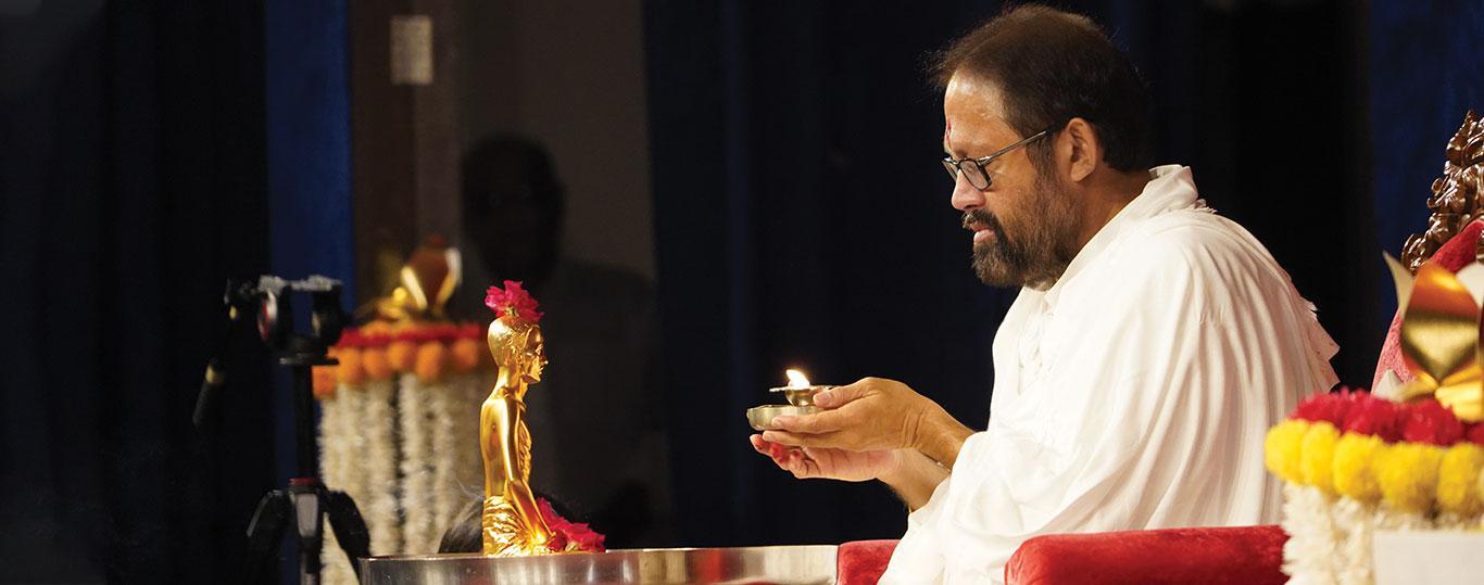 Vibrant and Virtual Gurupurnima Celebrations 2020